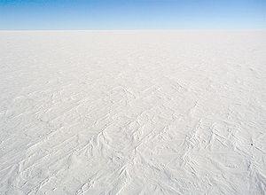 300px-AntarcticaDomeCSnow